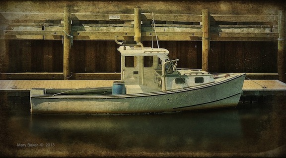 Boat, Newburyport Dock © Mary Baker, digital image