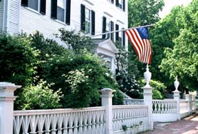 "A fence on High Street, Sally Chandler © 2004, Courtesy of ""Historic Gardens of Newburyport"""