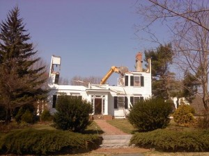 Tappan House being demolished