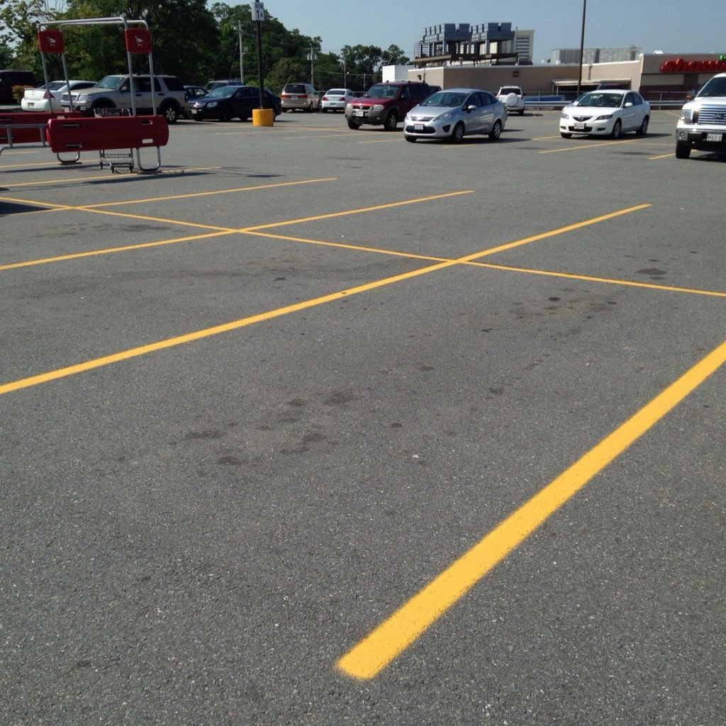 Market Basket, Newburyport, empty parking lot