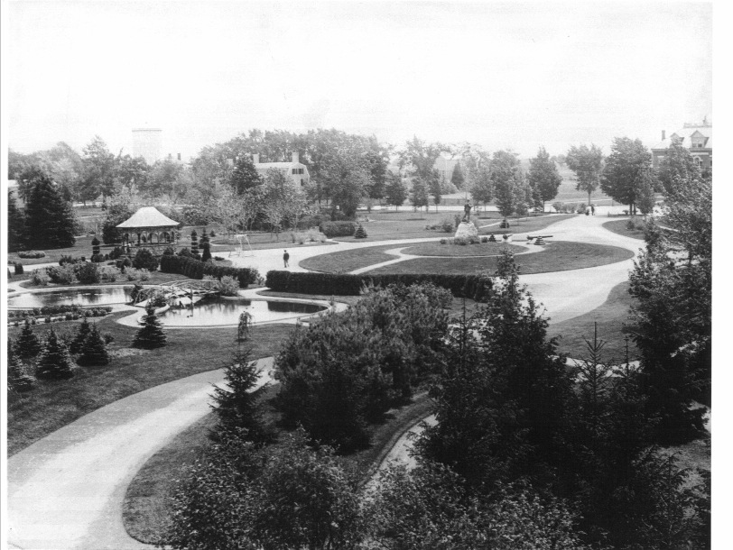 Atkinson Common, courtesy of the Archival Center at the Newburyport Public Library